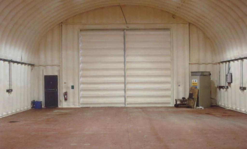 Утепление гаражей, боксов СТО
